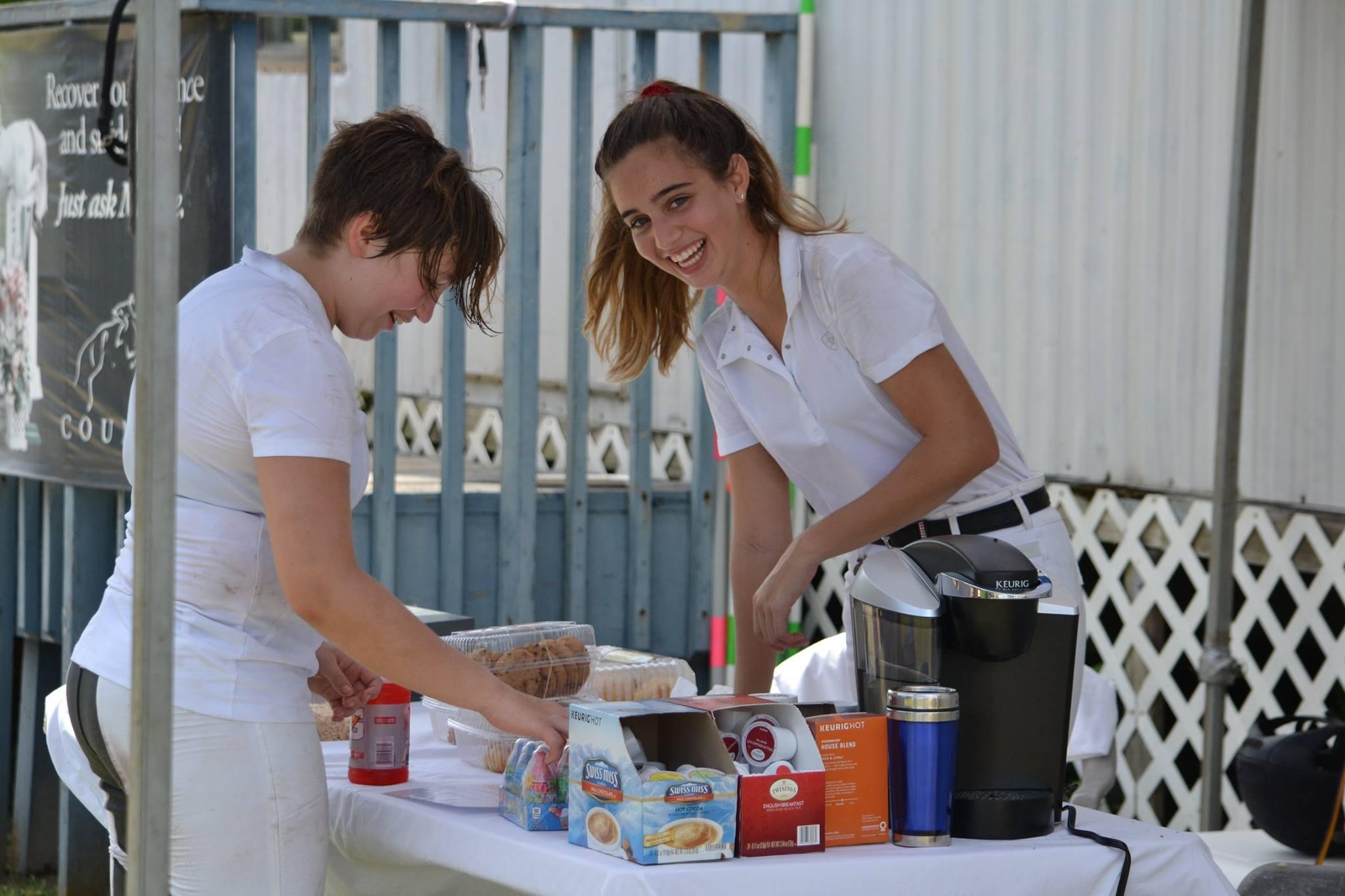 2017-10-15 Lara and Charli at the bake sale